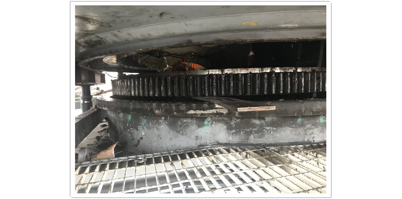 Photo 7 Shiploader Slew Bearing Replacement